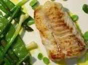 Pavé mostelle sauté, poêlée légumes verts croquants sauce safran...