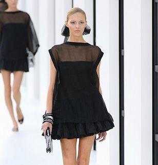 Robe noir de chanel