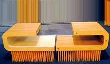 brush-table-and-stools-04