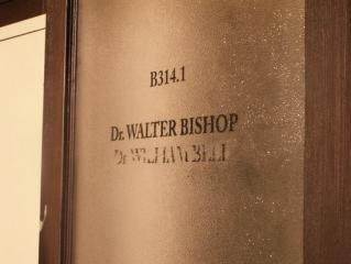 Photos du laboratoire de Walter Bishop