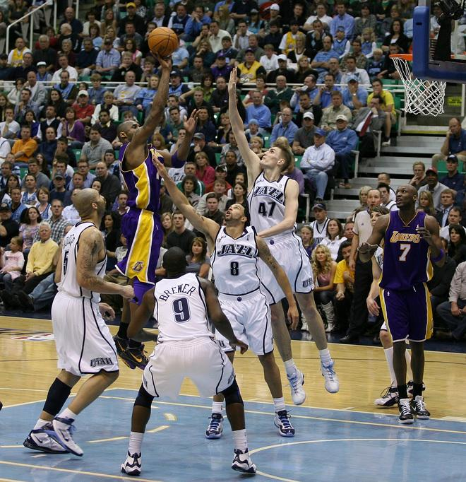(Round 1 Game 4) 25.04.09: Lakers 108 - 94 Jazz