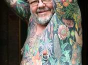 L'homme tatoué fait peau galerie d'art