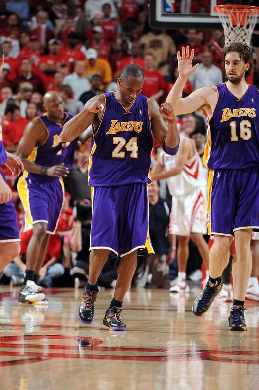 (Round 2 Game 3) 08.05.09: Lakers 108 - 94 Rockets