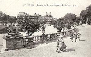 Les quartiers high-life de Paris : les faubourgs Saint Honoré et Saint-Germain ; le Sénat.