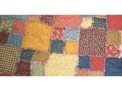 patchwork assemblage morceaux tissus tailles, formes couleurs différentes