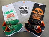 Kicks/Hi Reebok Reverse Pack Sneakers T-Shirts