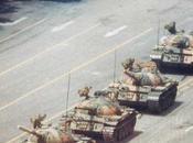 Juin 1989: révolte écrasée place Tian'anmen.