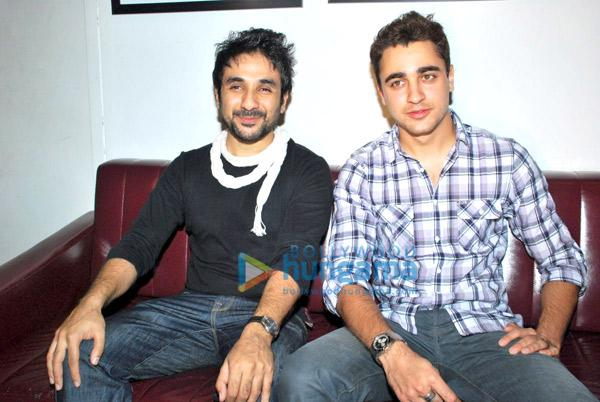 [PHOTOS] Imran Khan graces Vir Das show