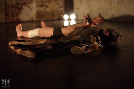 Le Cabaret des signes de Kataline Patkaï : une féminité très douce