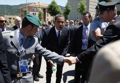 Tu as raison Barack, à la guerre comme à la guerre, quand on se soulage comme on peut