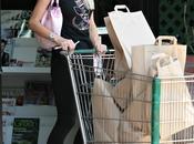 Paris Hilton l'épicerie!