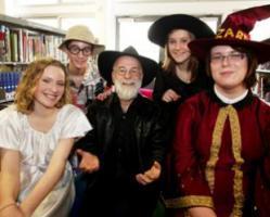 Unseen Academical de Terry Pratchett : lumière sur le prochain Disque-Monde