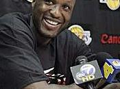Lamar Odom rempile officiellement