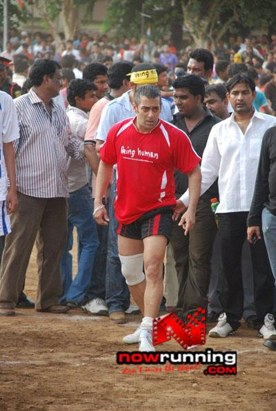 Still 16 - Salman, Sohail & Ranbir rock at Independence football match