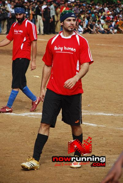 Still 6 - Salman, Sohail & Ranbir rock at Independence football match