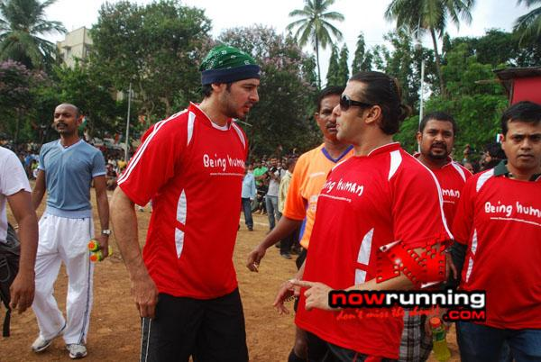 Still 1 - Salman, Sohail & Ranbir rock at Independence football match