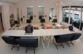 The new place pour se faire couper les cheveux à Paris : Superstars