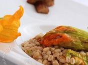 Risotto d'orge perlée fleurs courgettes cepes