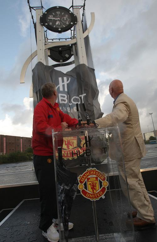 Inauguration de la « Hublot Tower Clock » à Old Trafford