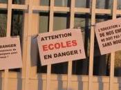 Classe fermée parents bloquent école Saintes