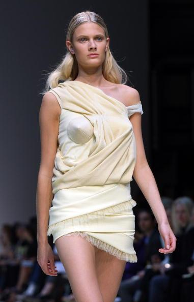 Louise Goldin Runway: Spring/Summer 2010 - London Fashion Week