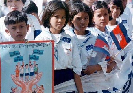 Manifestation contre l'exploitation des enfants au Cambodge, en 1999 (Reuters)