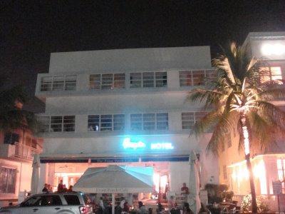 Miami Beach. La nuit à la Ocean Drive.