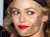 Vanessa Paradis, égérie nouvelle gamme rouges lèvres Rouge Coco Chanel