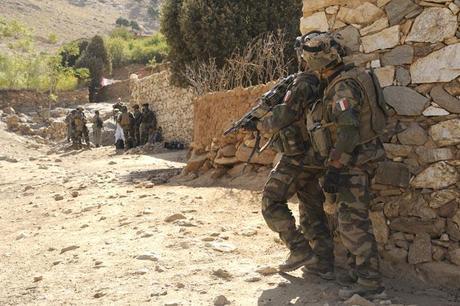 sper_kunday_les_francais_en_soutien_de_policiers_afghans.1256320225.jpg