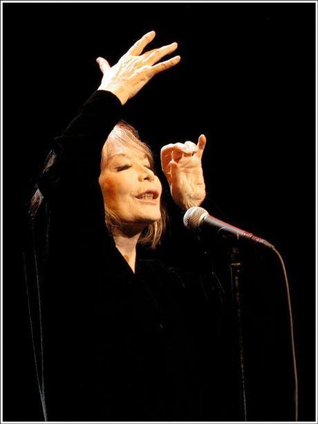 Dames de choeur - Chanteuses cultes (par Joris Capel).
