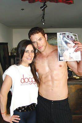 Kellan Lutz behind the scenes pour Doggie Mag