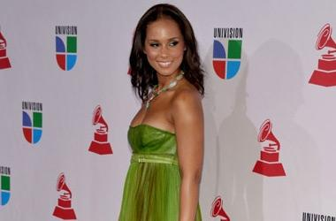 Alicia Keys sublime aux 10èmes Latin Grammy Awards