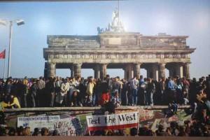 mur-de-berlin-anniversaire ps ps76 blog76