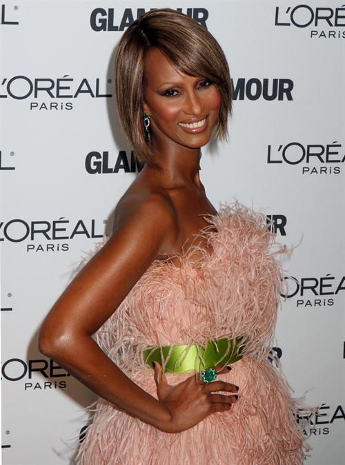 Model Iman arrives at the Glamour Magazine 2009 Women of the Year Awards at Carnegie Hall in New York