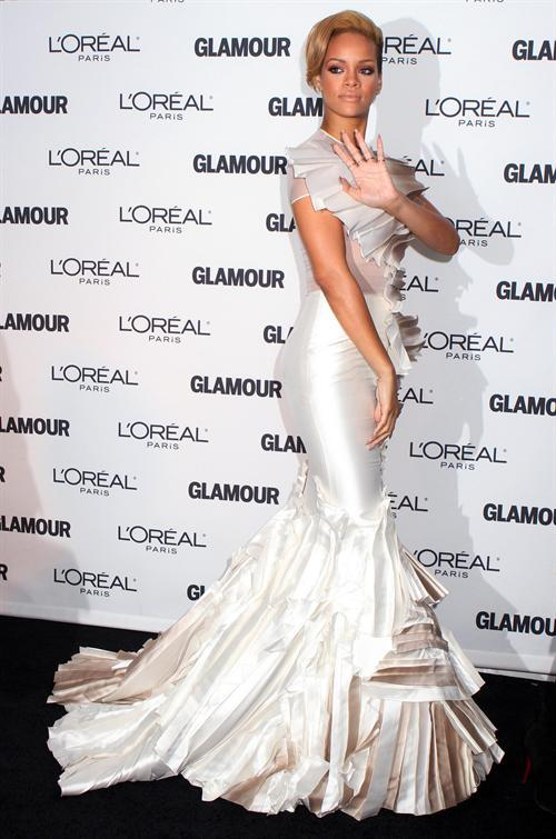 Rihanna arrives at the Glamour Magazine 2009 Women of the Year Awards at Carnegie Hall in New York