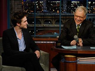 Twilight : Robert Pattinson aime mordre ses fans