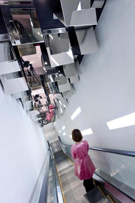 502-Barbie-Shanghai-Store-by-Slate-Architecture-10