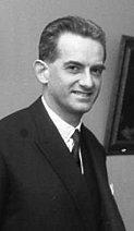 Alain Peyrefitte, le diplomate normalien au service du gaullisme académique