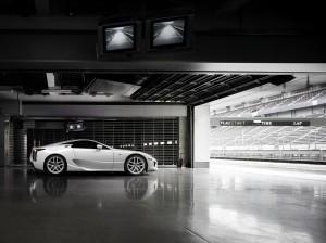 2010_Lexus_LF-A_24