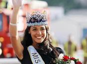 Kaiane Aldorino: Miss Monde 2009 retour chez elle Gibraltar