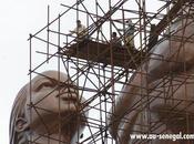 statue mètres haut, édifiée Dakar