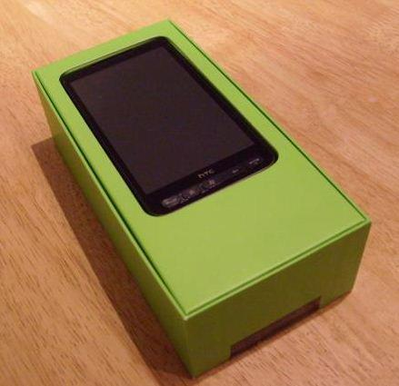 HTC HD 2 box