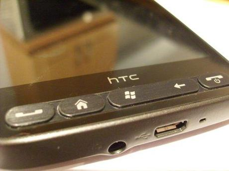 HTC HD 2 button