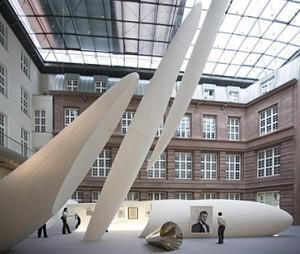 Musée Guggenheim Berlin Hall Exposition