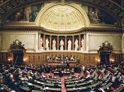 Sénat reconnaît spécificité livre, exempté