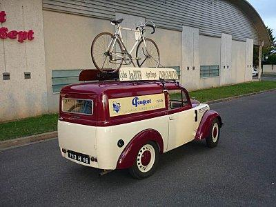 voiture_cycles_peugeot_P1010455_1-2.jpg