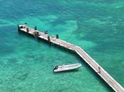Phare Amédée îlot dans lagon calédonien