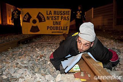 Cette nuit, trois blocages successifs d'un convoi de déchets nucléaires vers la Russie