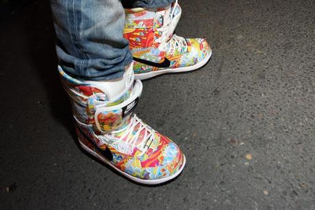 streetsnaps pharrell williams colette 2 Pharrell Williams, sa doudoune rouge RL, ses Nike snowboarding