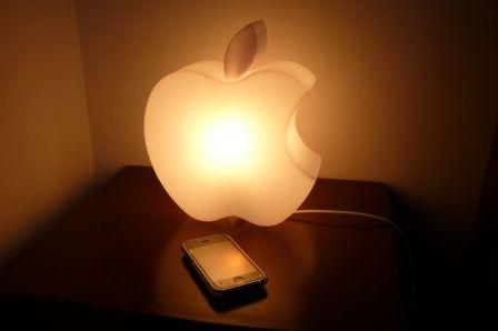 la lampe apple ilight paperblog. Black Bedroom Furniture Sets. Home Design Ideas